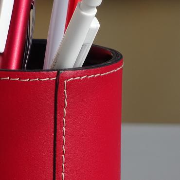 Pencil holder gainé cuir Rouge