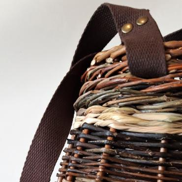 Bag in osier with supple handles in brown cotton