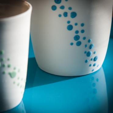 Coffee cup bubbles green