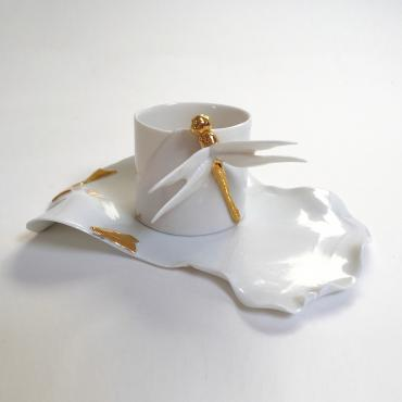 Cup and plate Dragonfly
