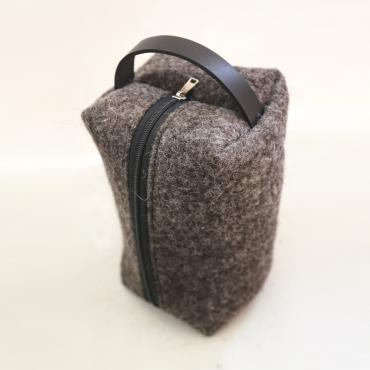 Cubic case in wool felt