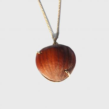 Long necklace Hazelnut