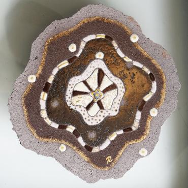 Frame Fleur de lave brown and beige in enamelled lava