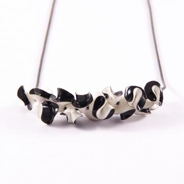 Necklace Synergie blanc et noir