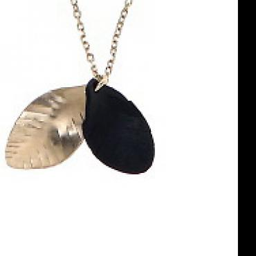 Collier Plumes chic